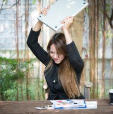 Esgotamento no trabalho pode causar depressão, síndrome do pânico e ansiedade